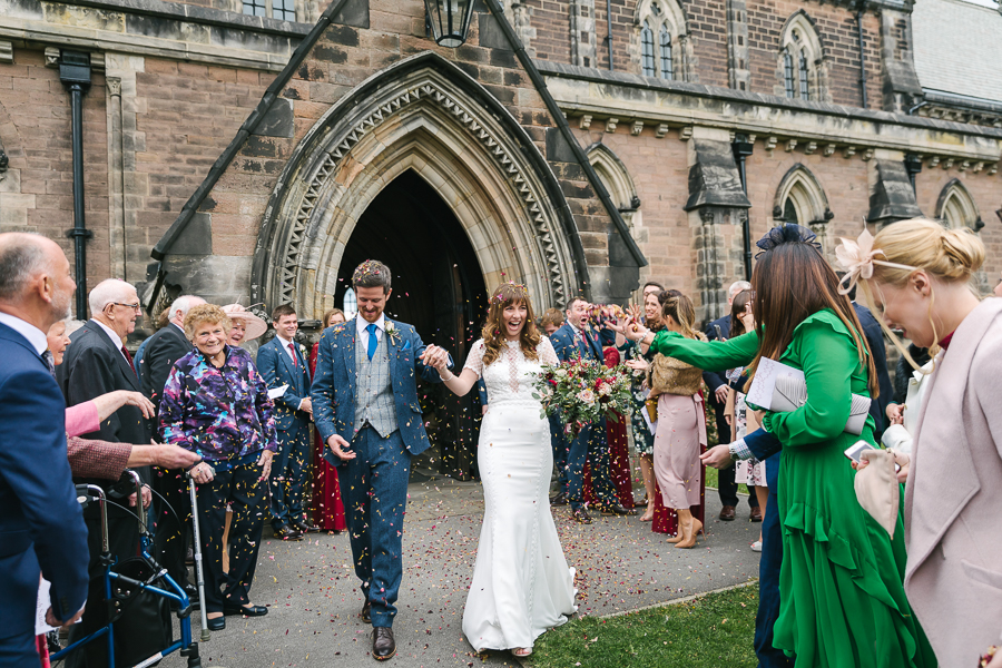 A stunning Yorkshire wedding on the blog, images by Amanda Manby Photography (12)