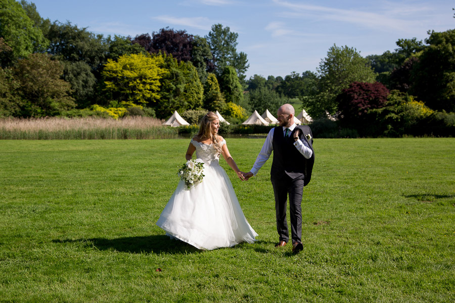 Gorgeous white and green styling for a Brympton House wedding with Martin Dabek Photography (26)