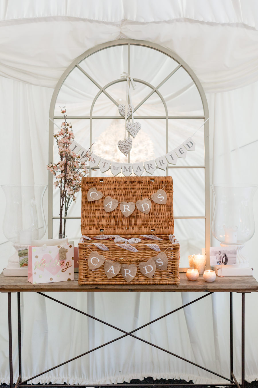 Elegant styling and sparkly tables for a pretty Chippenham Park wedding, images by Heather Jackson Photography (4)