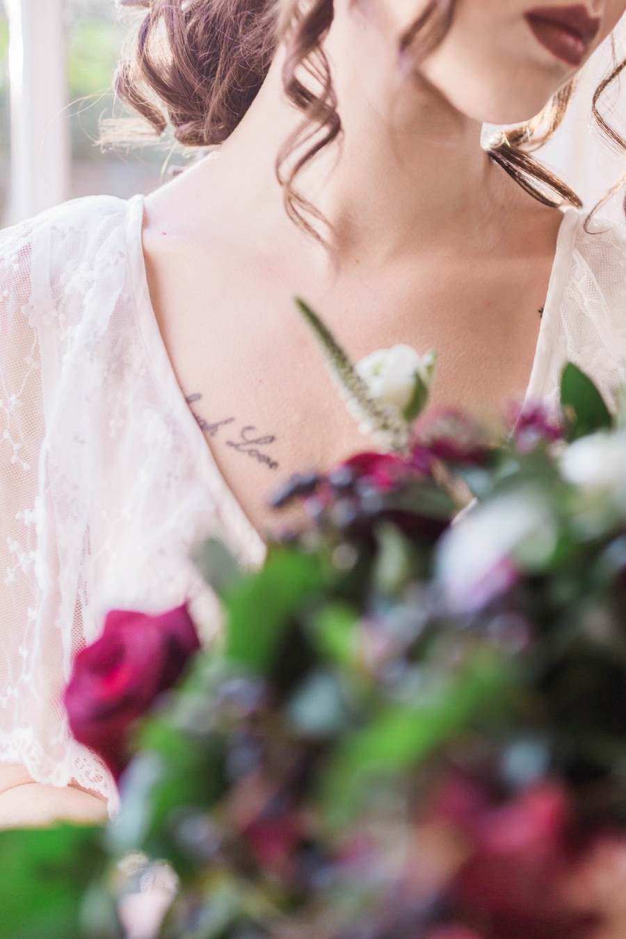 alternative vintage bridal style with Courage and Dash Photography (24)