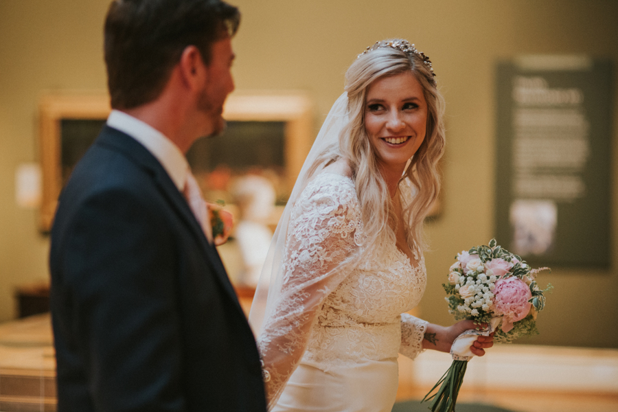 Ginger and Jamie's Ashmolean Museum wedding in Oxford, photo credit MT Studio Photography (25)