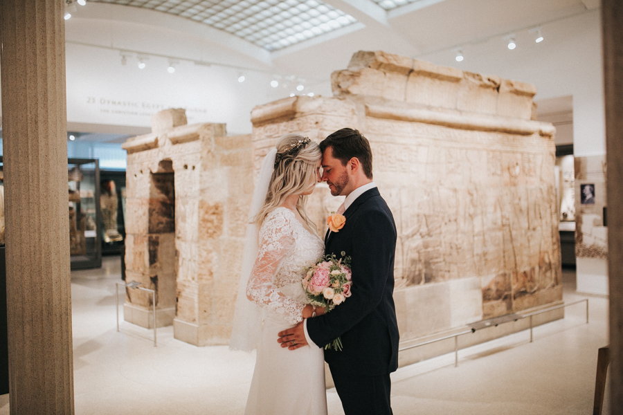 Ginger and Jamie's Ashmolean Museum wedding in Oxford, photo credit MT Studio Photography (30)