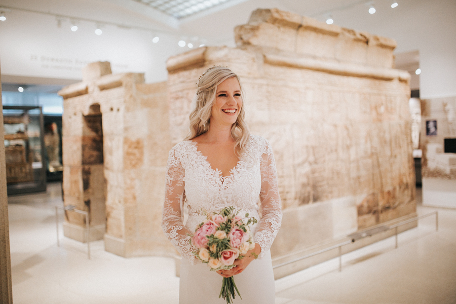 Ginger and Jamie's Ashmolean Museum wedding in Oxford, photo credit MT Studio Photography (32)