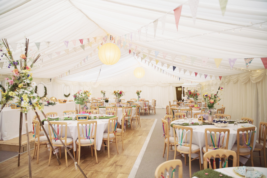 Crazy fun DIY festival wedding in Yorkshire with Sasha Lee Photography (13)