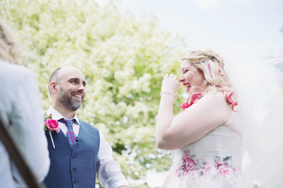 Crazy fun DIY festival wedding in Yorkshire with Sasha Lee Photography (27)