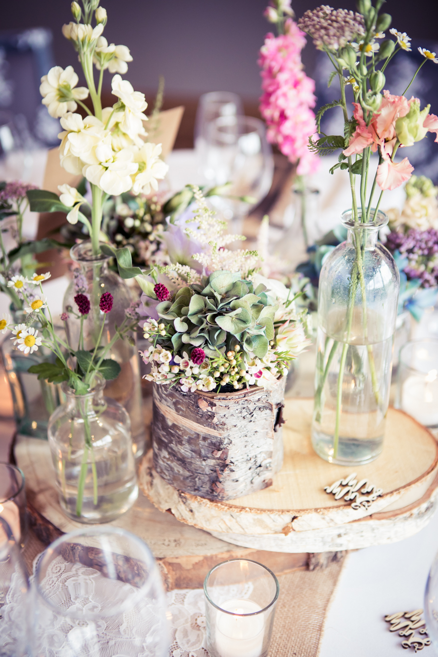 Gorgeous mixed summer florals for a romantic countryside wedding near Huddersfield, with Photography by Kathryn (21)