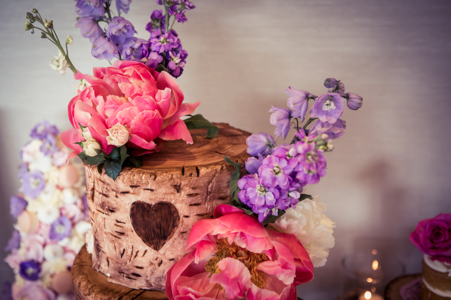 Gorgeous mixed summer florals for a romantic countryside wedding near Huddersfield, with Photography by Kathryn (25)