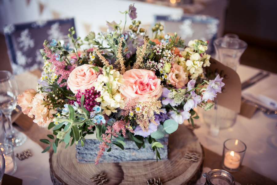Gorgeous mixed summer florals for a romantic countryside wedding near Huddersfield, with Photography by Kathryn (27)