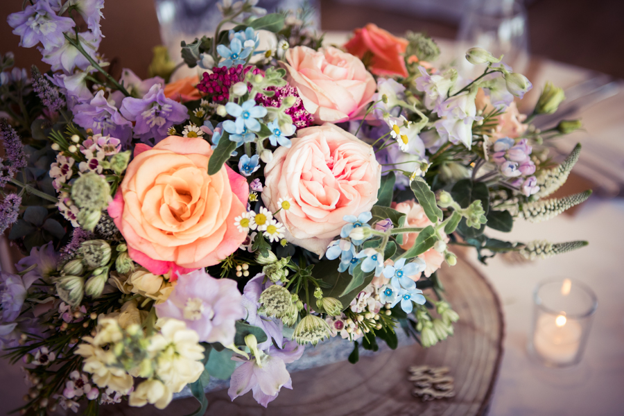 Gorgeous mixed summer florals for a romantic countryside wedding near Huddersfield, with Photography by Kathryn (30)