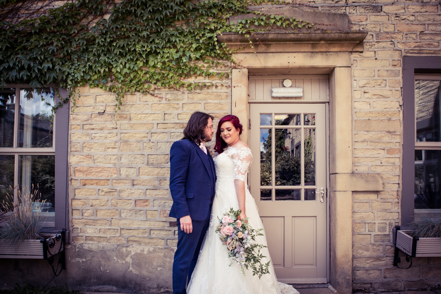 Gorgeous mixed summer florals for a romantic countryside wedding near Huddersfield, with Photography by Kathryn (34)