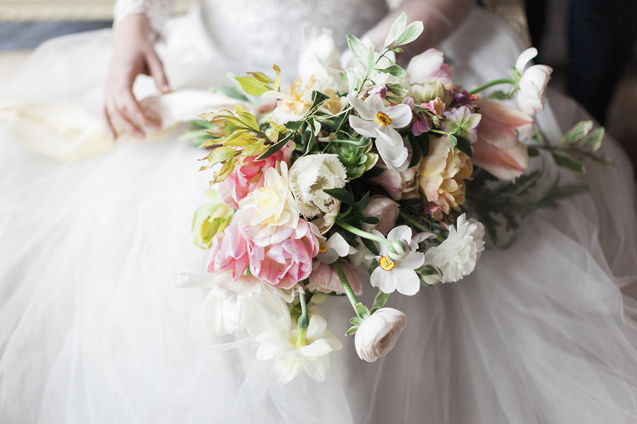 Spring Florals with Jo Bradbury Photography featured on English Wedding (17)