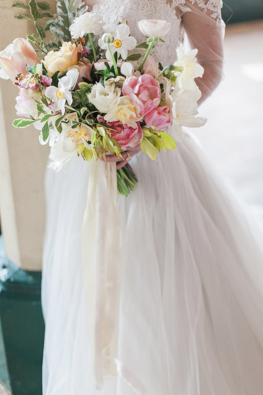 Spring Florals with Jo Bradbury Photography featured on English Wedding (19)