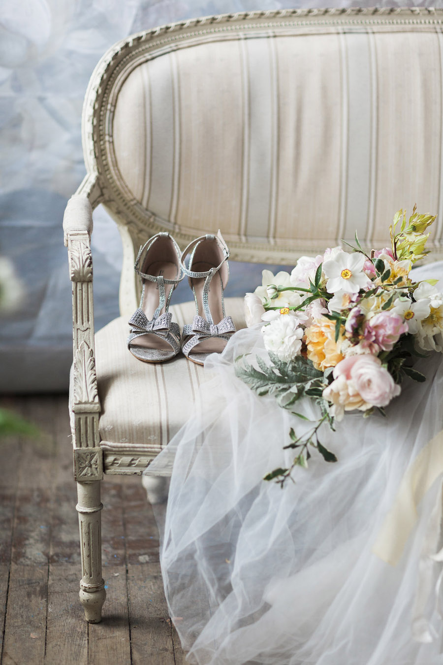 Spring Florals with Jo Bradbury Photography featured on English Wedding (33)