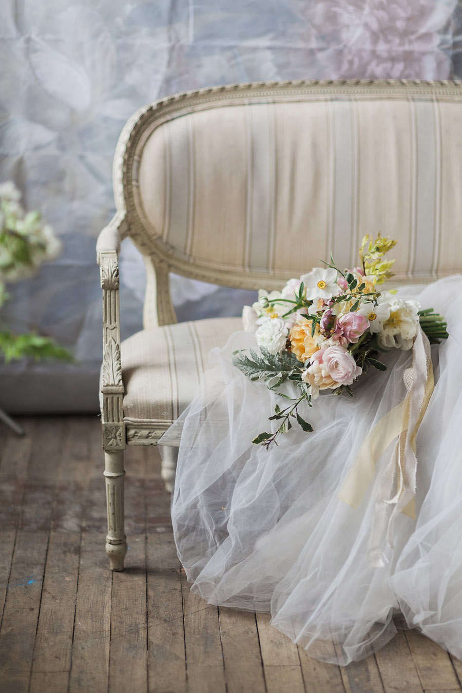Spring Florals with Jo Bradbury Photography featured on English Wedding (34)