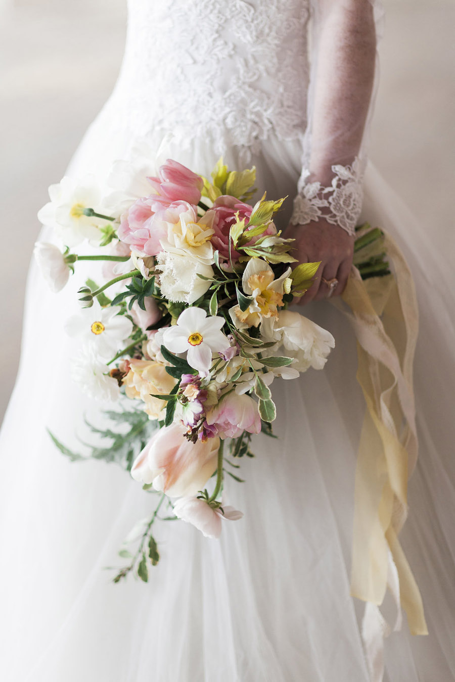 Spring Florals with Jo Bradbury Photography featured on English Wedding (37)