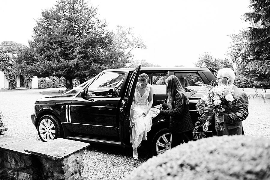 Elegant and summery Northbrook Park wedding with Fiona Kelly Photography (11)