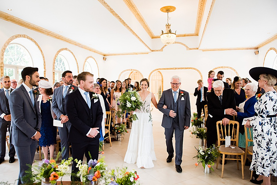 Elegant and summery Northbrook Park wedding with Fiona Kelly Photography (13)