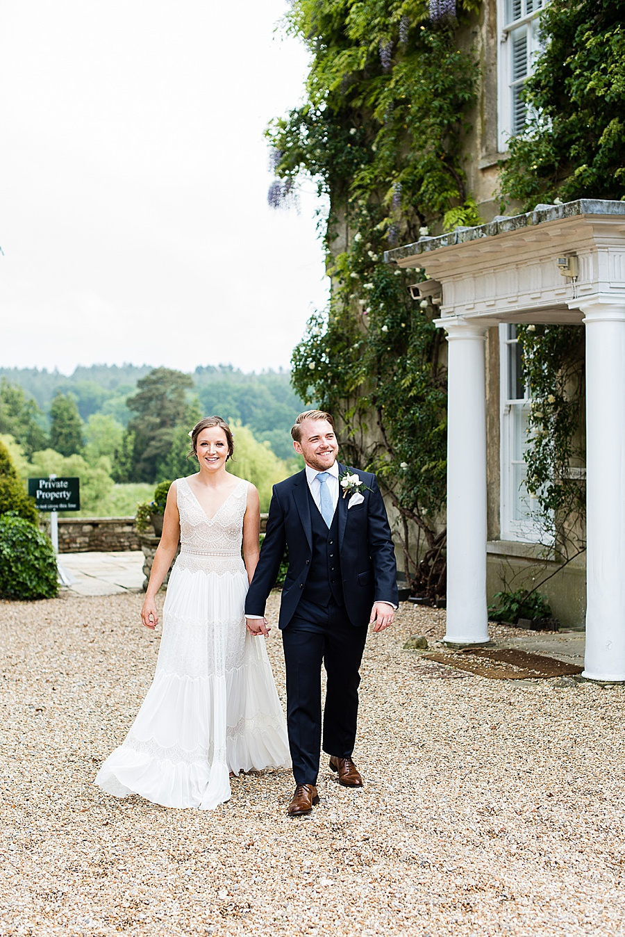 Elegant and summery Northbrook Park wedding with Fiona Kelly Photography (25)