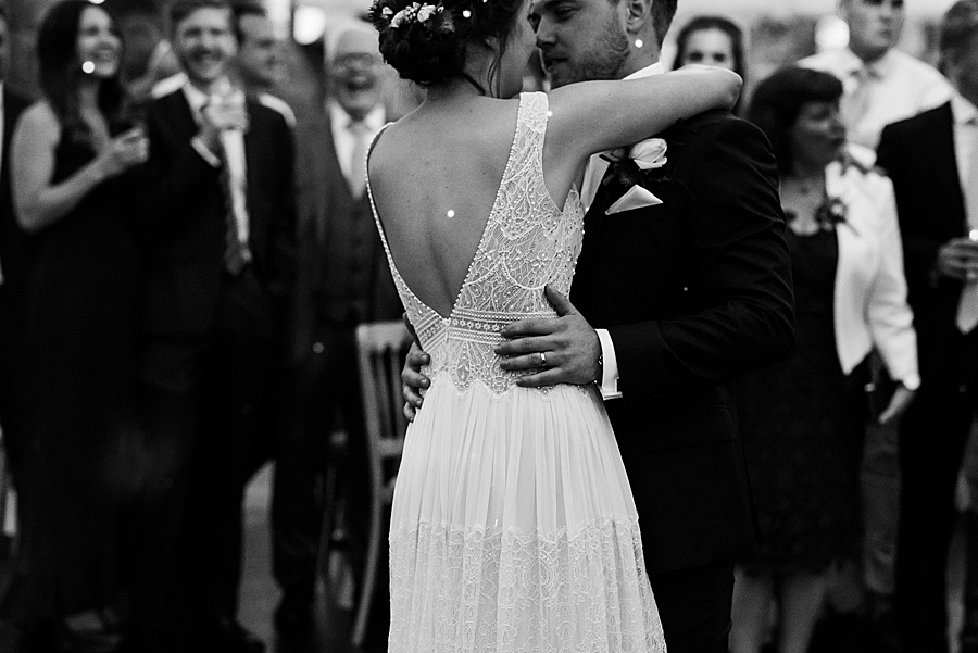 Elegant and summery Northbrook Park wedding with Fiona Kelly Photography (38)