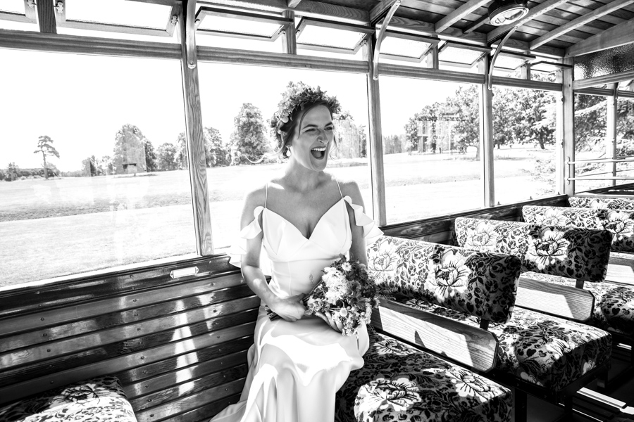 Andreia and Antonio's relaxed and fun wedding at Shuttleworth Swiss Garden with Lorna Newman Wedding Photography (16)