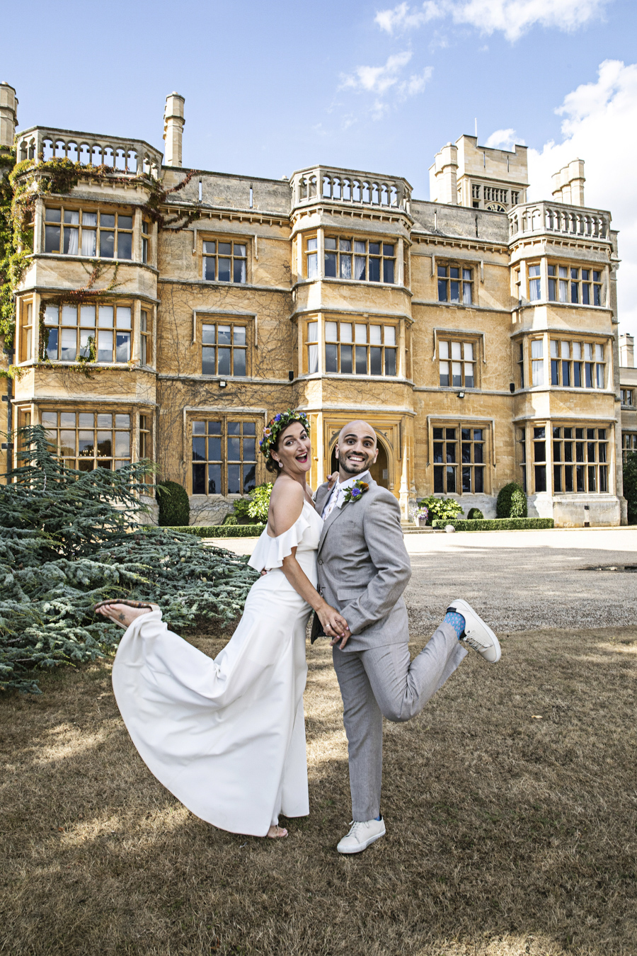 Andreia and Antonio's relaxed and fun wedding at Shuttleworth Swiss Garden with Lorna Newman Wedding Photography (17)