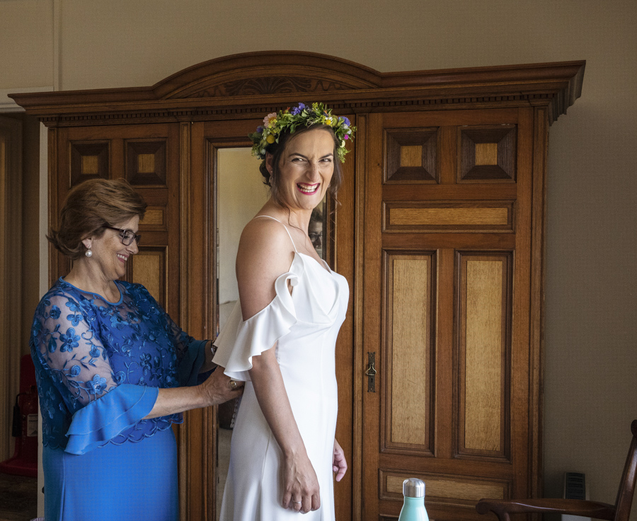 Andreia and Antonio's relaxed and fun wedding at Shuttleworth Swiss Garden with Lorna Newman Wedding Photography (26)