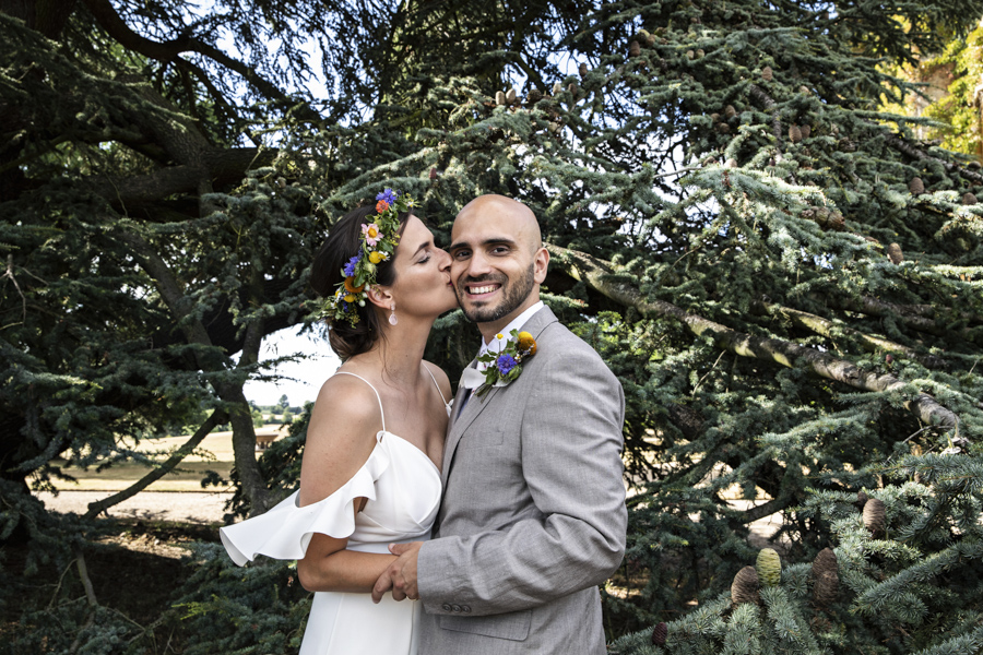 Andreia and Antonio's relaxed and fun wedding at Shuttleworth Swiss Garden with Lorna Newman Wedding Photography (43)