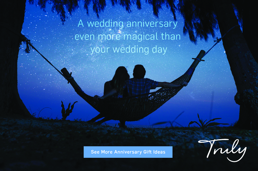 alternative wedding anniversary gift experience ideas, image from Truly Experiences (1)