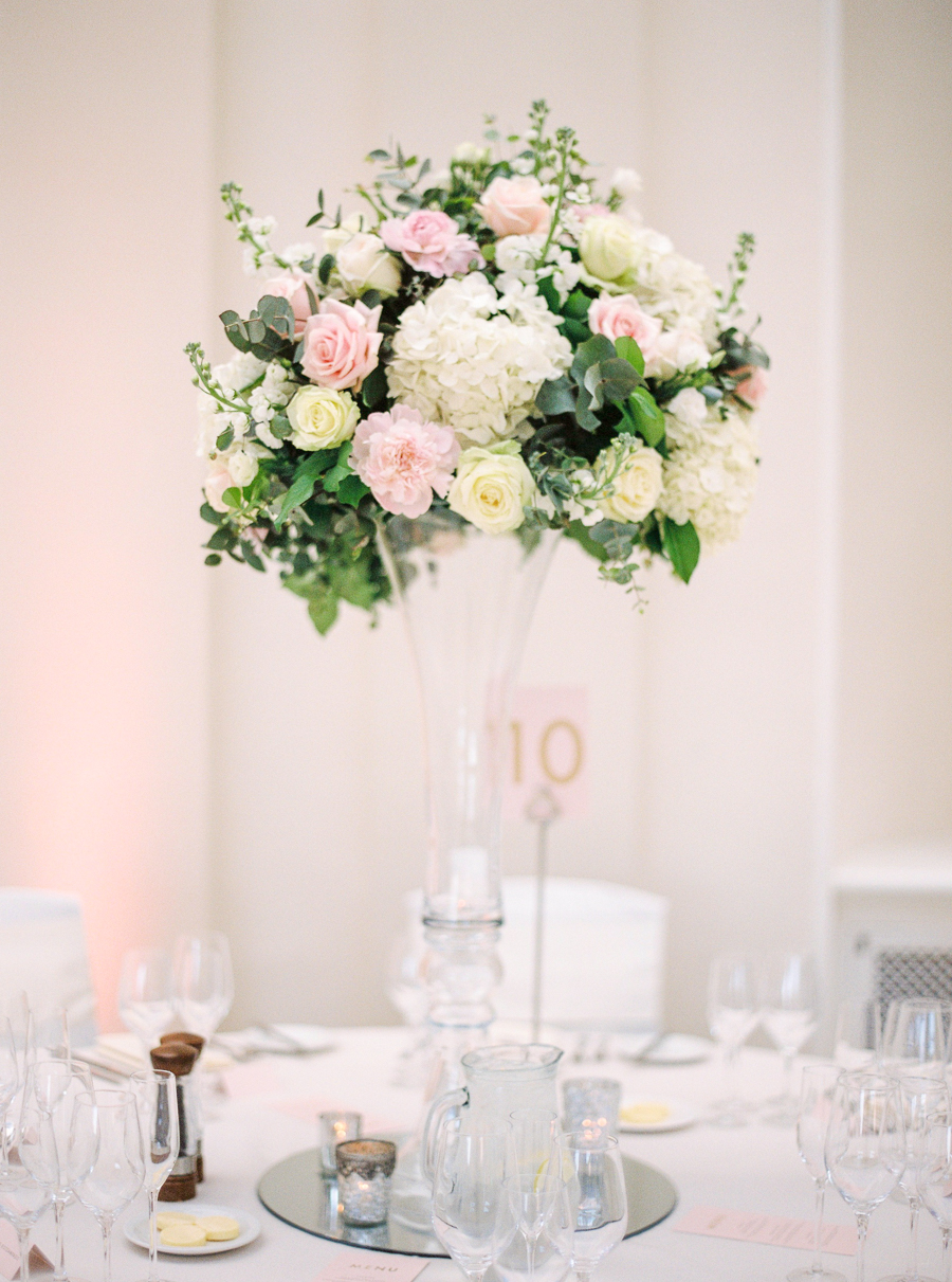Light and airy, romantic images from a blogger's dream wedding at Blenheim Palace! Photo credit Julie Michaelsen Photography (16)