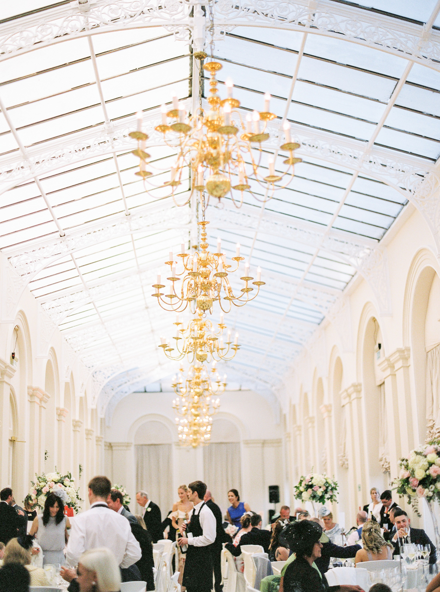 Light and airy, romantic images from a blogger's dream wedding at Blenheim Palace! Photo credit Julie Michaelsen Photography (28)