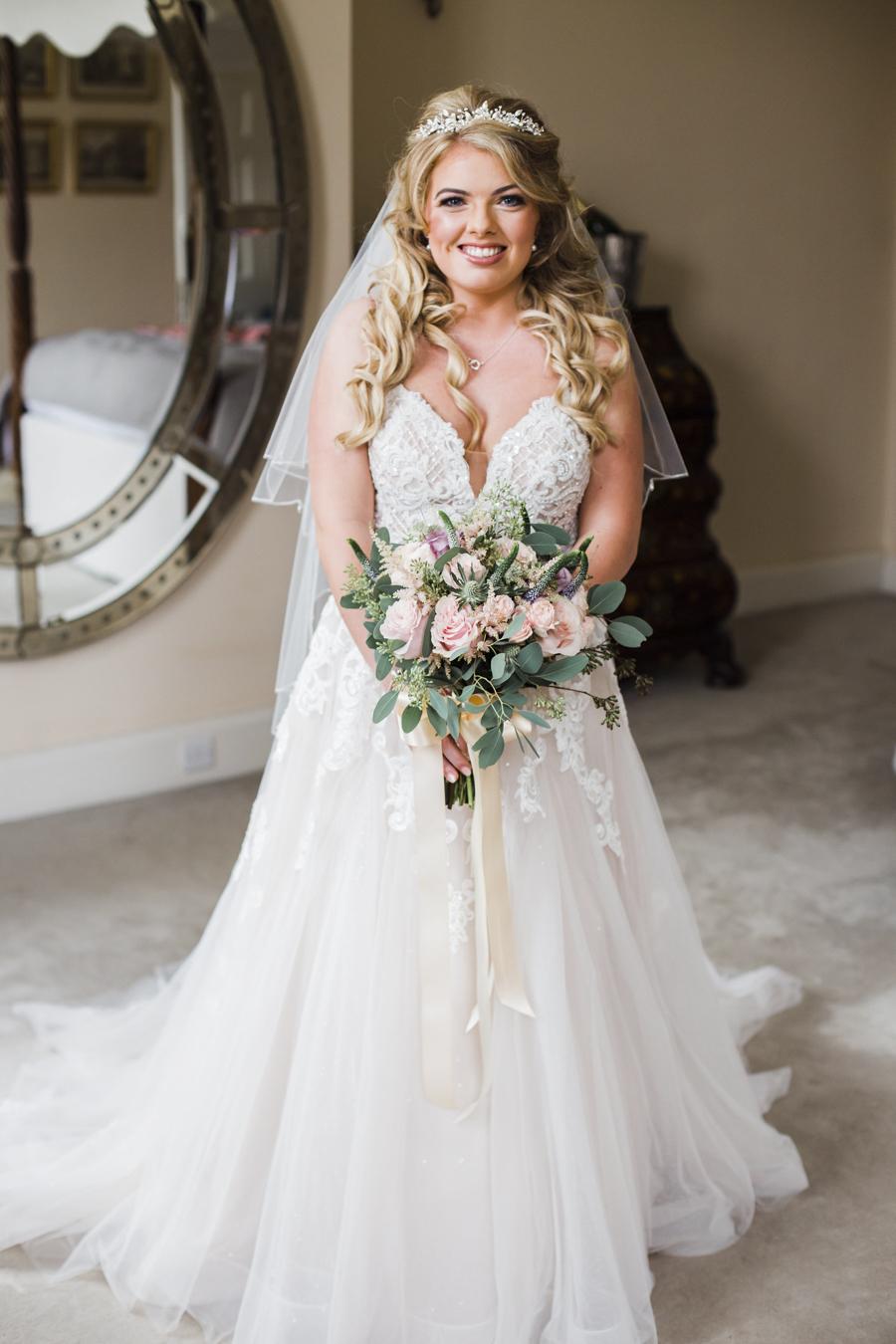 Rachel & Ben's beautiful Iscoyd Park wedding with Anna Beth Photography (16)