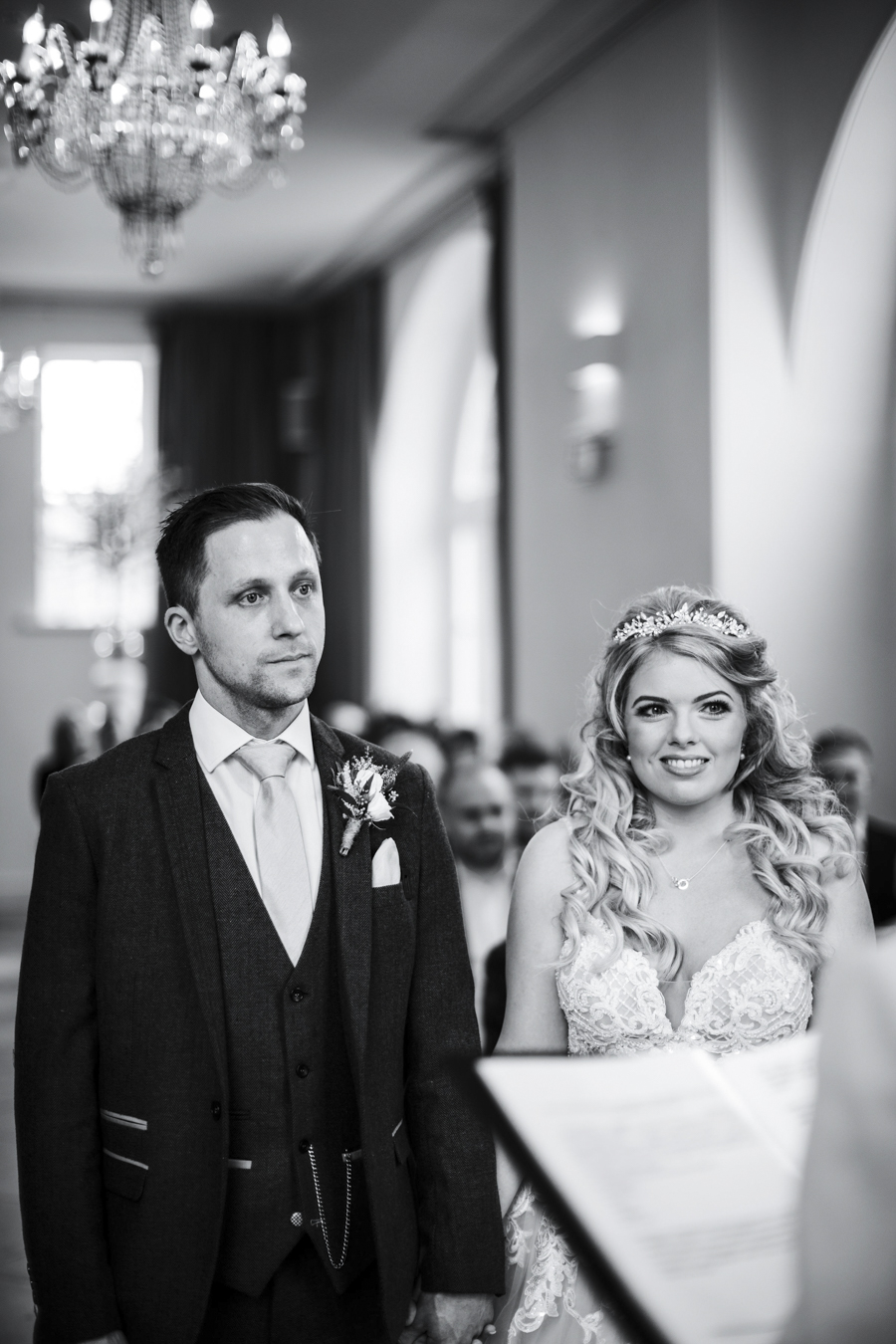 Rachel & Ben's beautiful Iscoyd Park wedding with Anna Beth Photography (17)