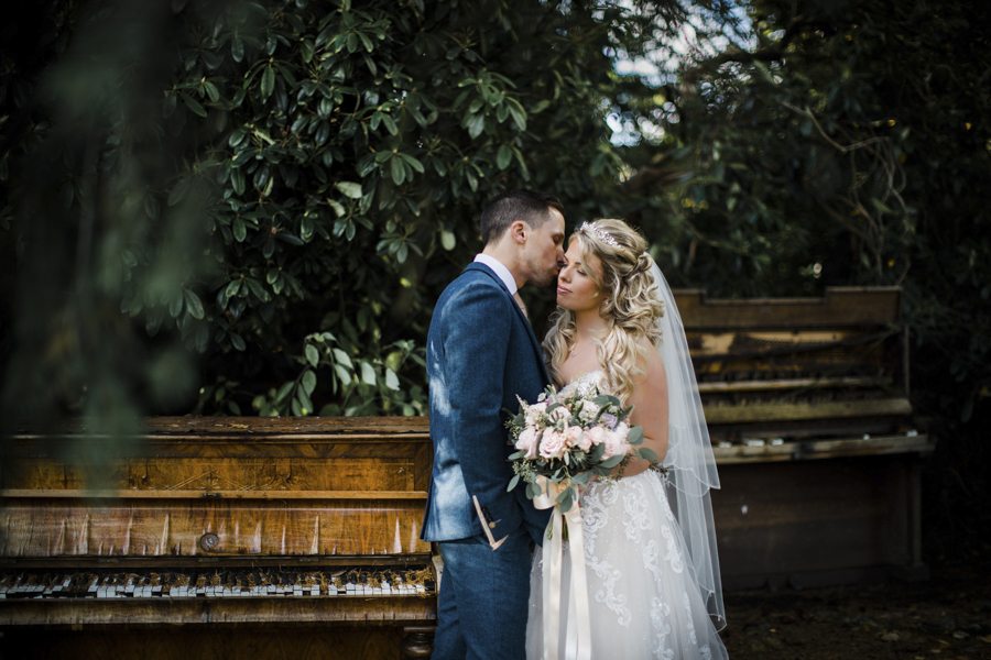 Rachel & Ben's beautiful Iscoyd Park wedding with Anna Beth Photography (27)