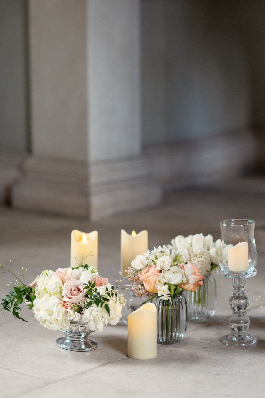 Elegant and graceful luxe wedding style from Chiswick House, photo credit Eva Tarnok Photography (28)