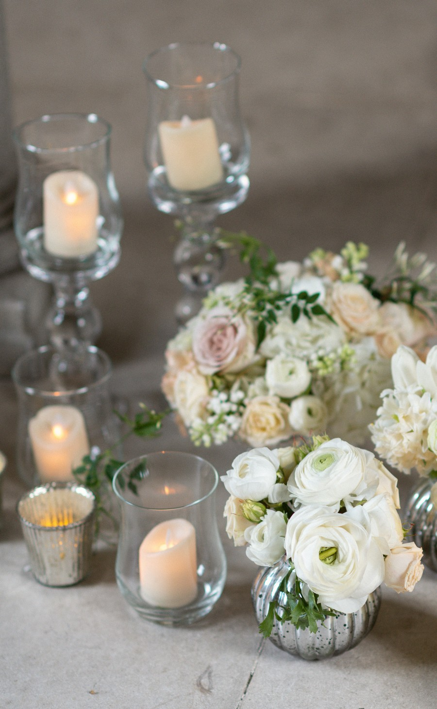 Elegant and graceful luxe wedding style from Chiswick House, photo credit Eva Tarnok Photography (29)