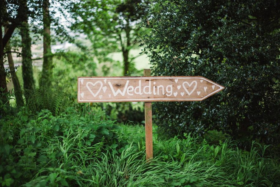 wildflowers wedding in devon, image credit Emma Stoner Photography (1)