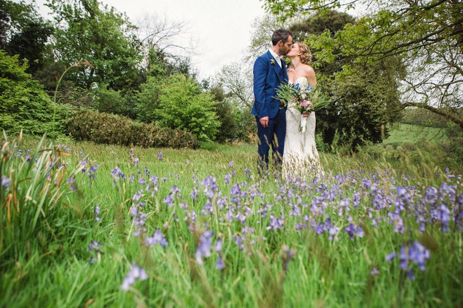 wildflowers wedding in devon, image credit Emma Stoner Photography (26)