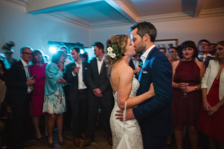 wildflowers wedding in devon, image credit Emma Stoner Photography (42)