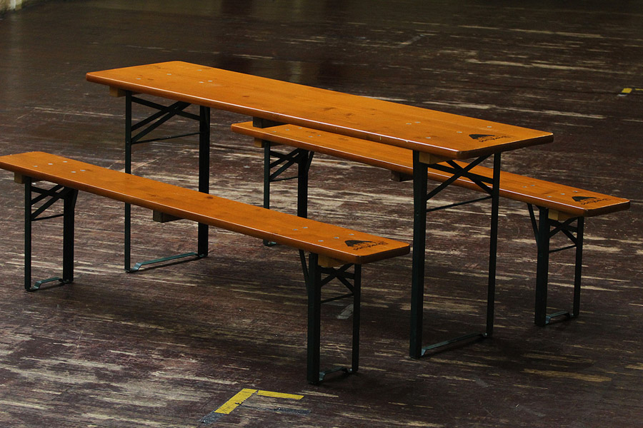 alternative wedding seating luxury eco friendly benches by Partybench (6)