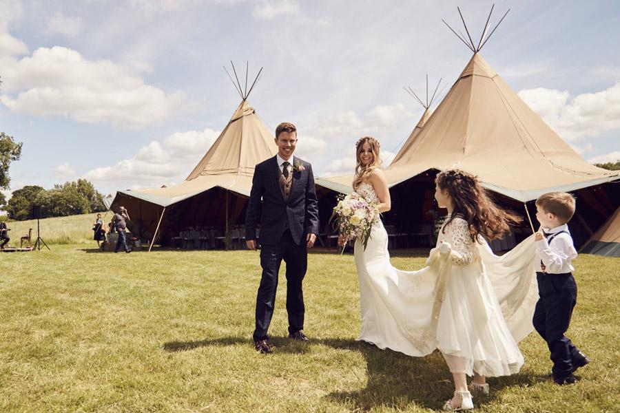 Styled woodland wedding in Sussex, image credit Something Blue Weddings (7)
