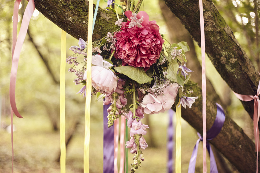 Styled woodland wedding in Sussex, image credit Something Blue Weddings (17)