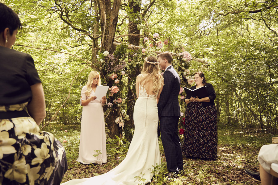 Styled woodland wedding in Sussex, image credit Something Blue Weddings (21)
