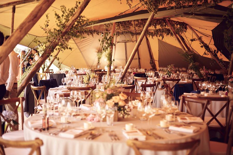 Styled woodland wedding in Sussex, image credit Something Blue Weddings (25)