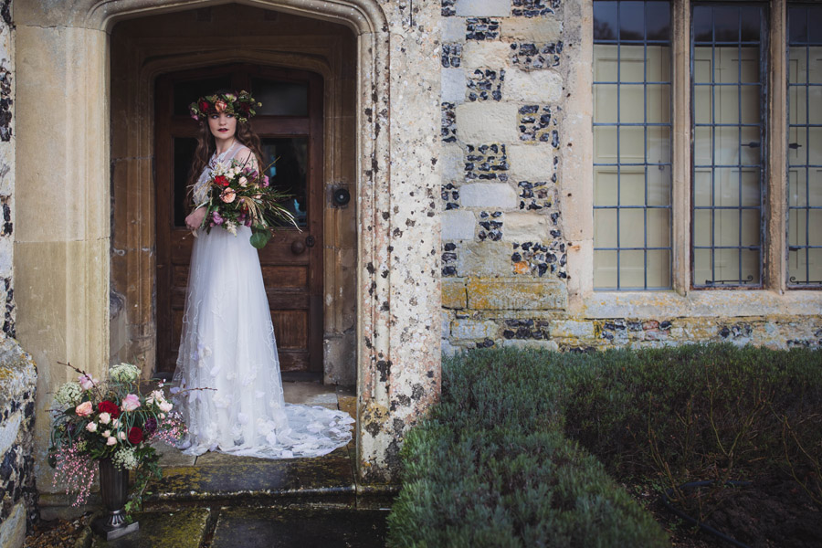 Salisbury Manor wedding photoshoot with amazing local suppliers, image credit Antonia Grace Photography (7)
