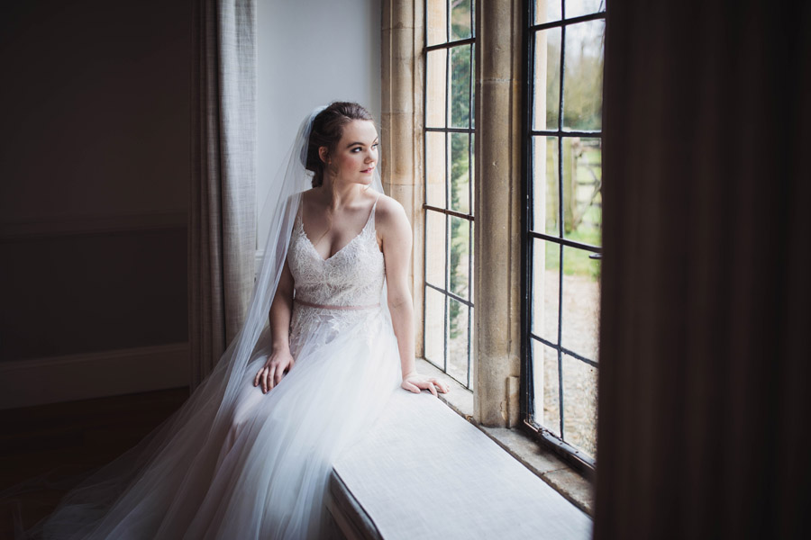 Salisbury Manor wedding photoshoot with amazing local suppliers, image credit Antonia Grace Photography (13)