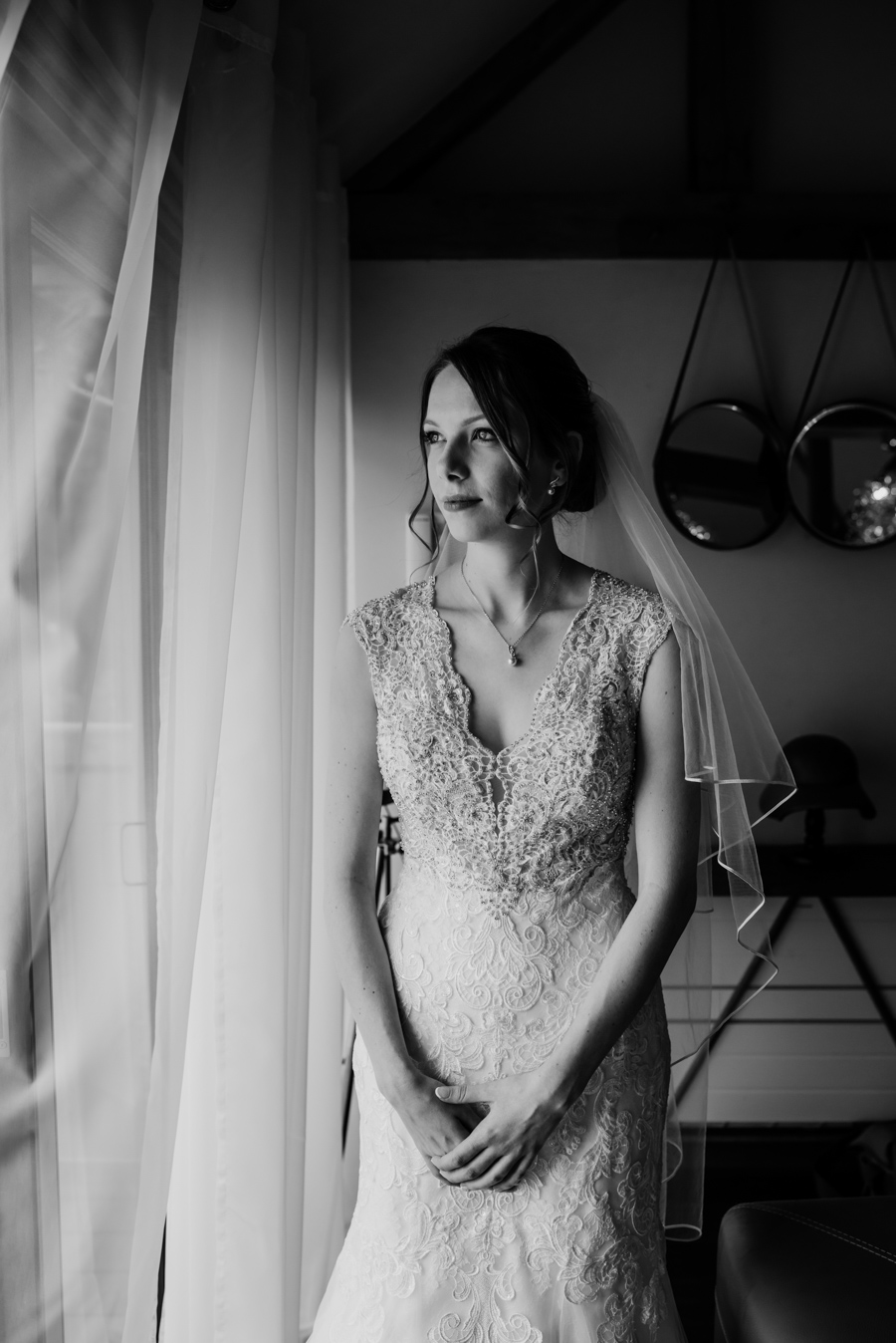 Becky and Martin's Cooling Castle wedding, images by Michelle Cordner Photography (21)