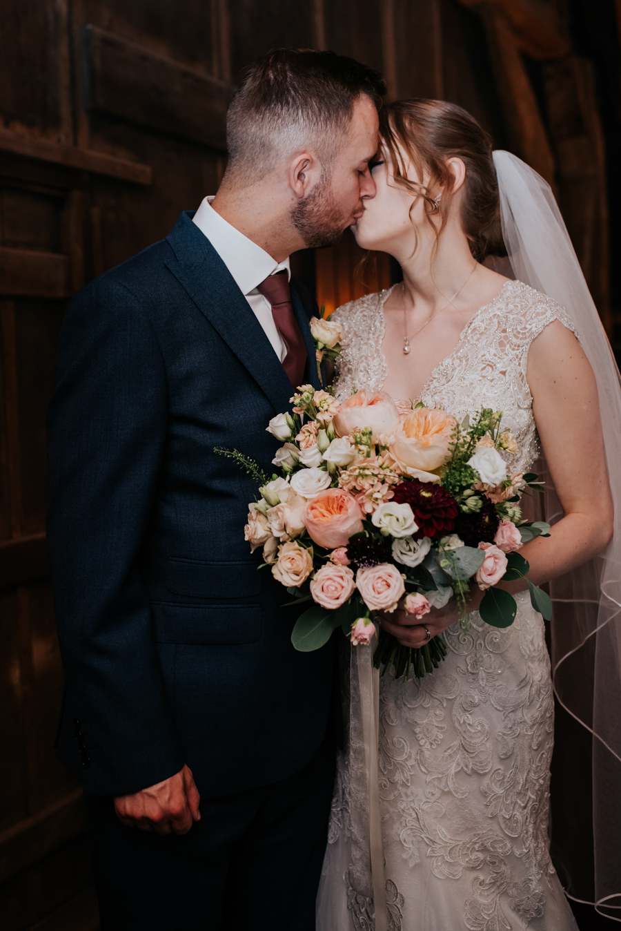 Becky and Martin's Cooling Castle wedding, images by Michelle Cordner Photography (33)