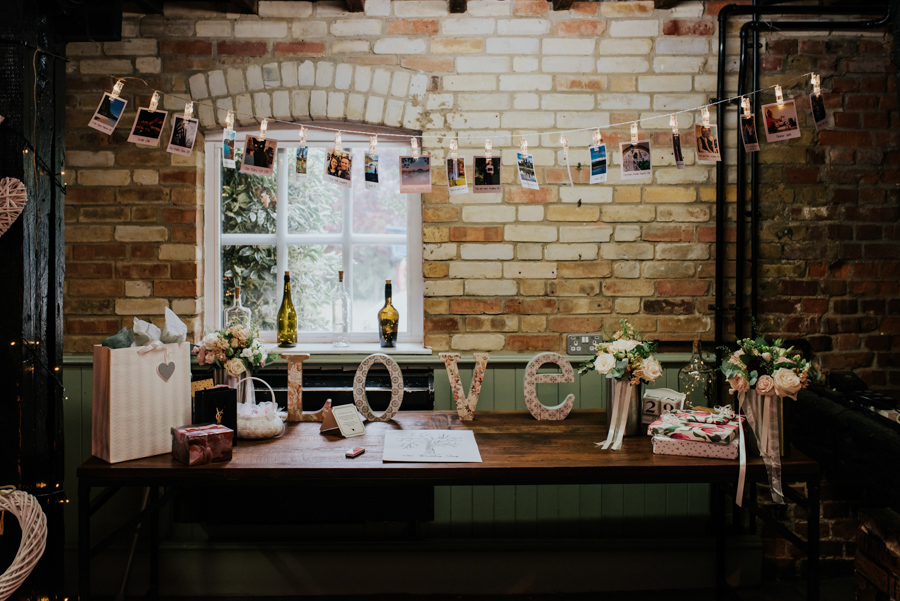 Becky and Martin's Cooling Castle wedding, images by Michelle Cordner Photography (36)