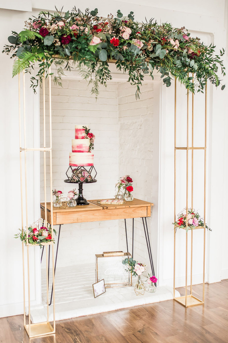 Modern luxe wedding style ideas with images by Laura Jane Photography (44)
