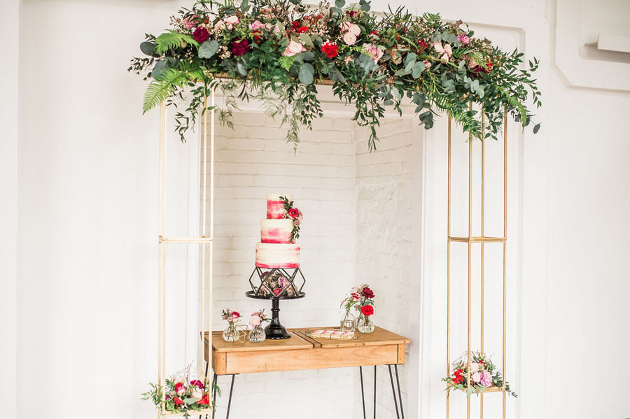 Modern luxe wedding style ideas with images by Laura Jane Photography (43)